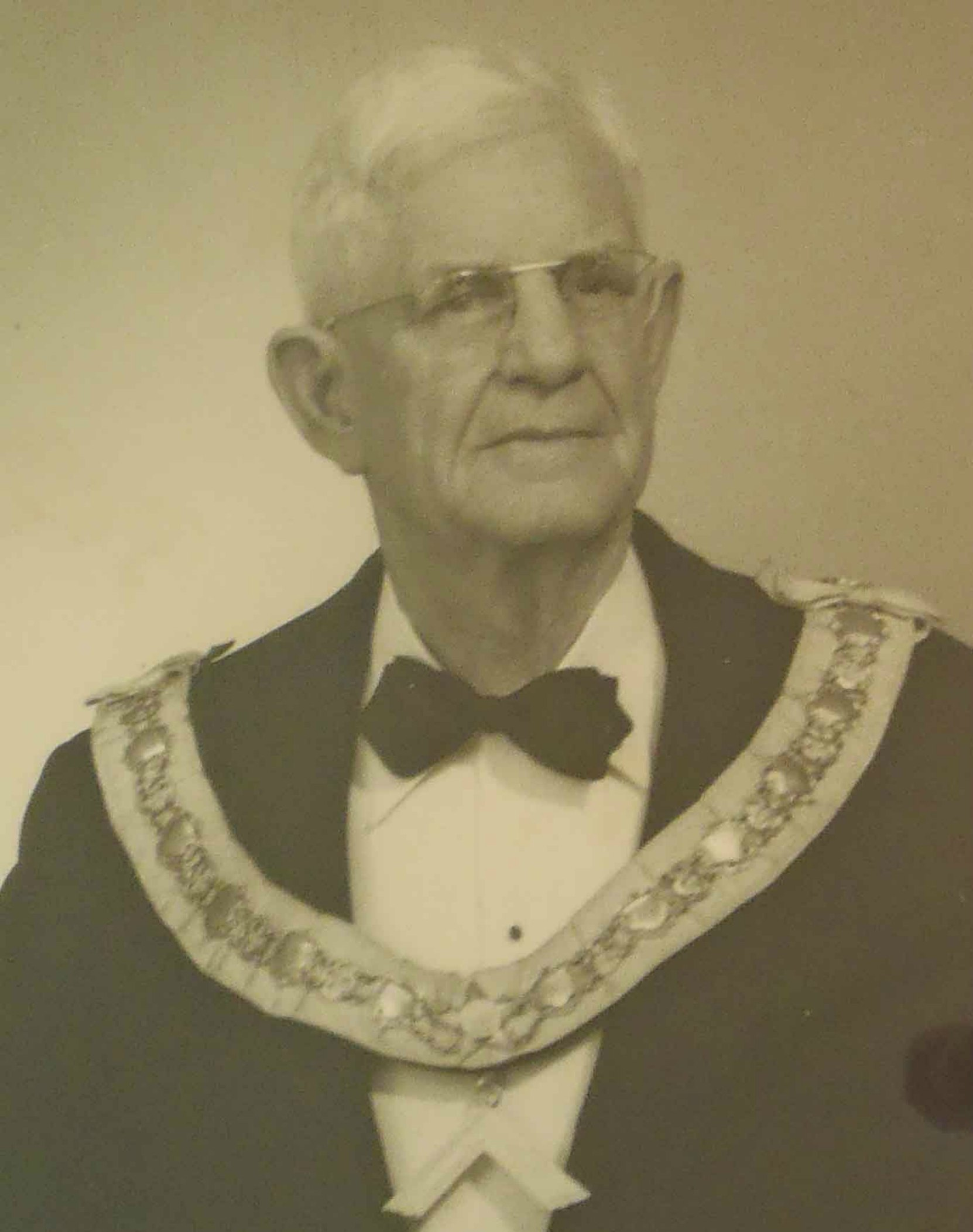 Charles William O'Neill was Worshipful Master of Temple Lodge, No.33 in 1919.
