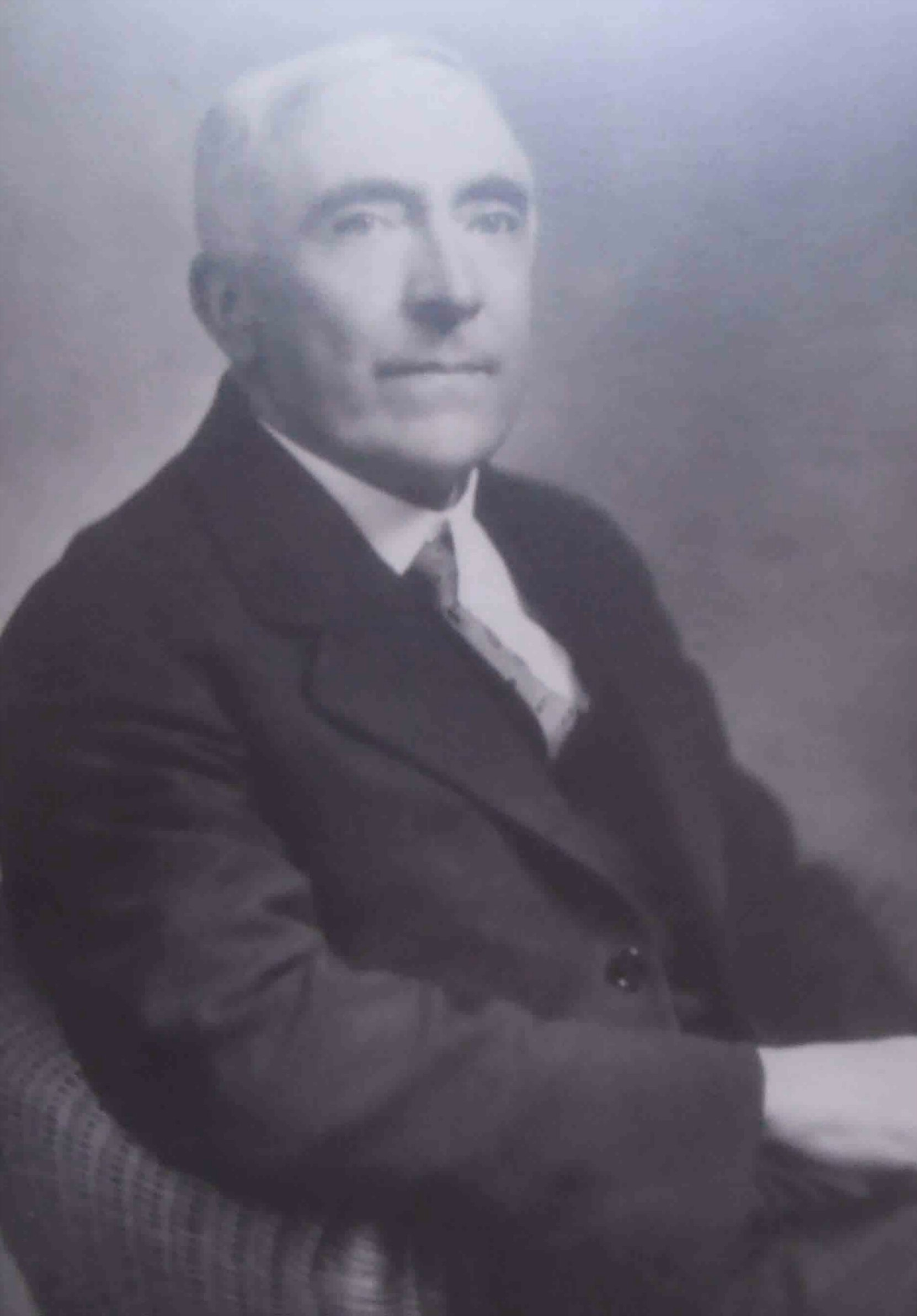 J. Islay Mutter, Mayor of Duncan and Reeve of North Cowichan