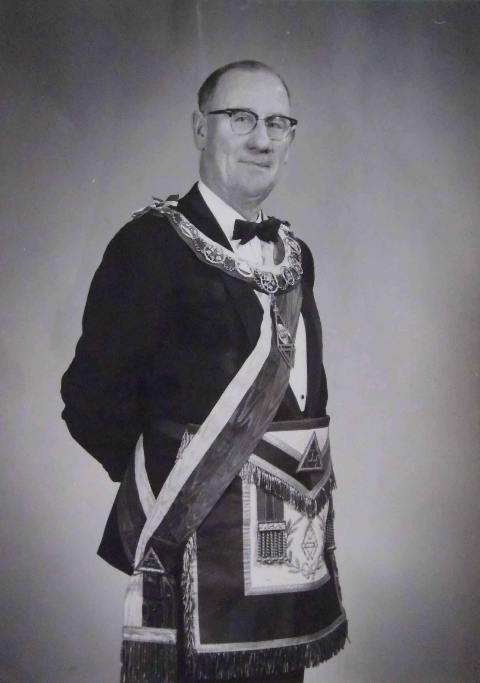 John Stanley Dyke, 1st Principal of Tzouhalem Chapter, No.26 in 1949; Worshipful Master of Temple Lodge, No.33 in 1950
