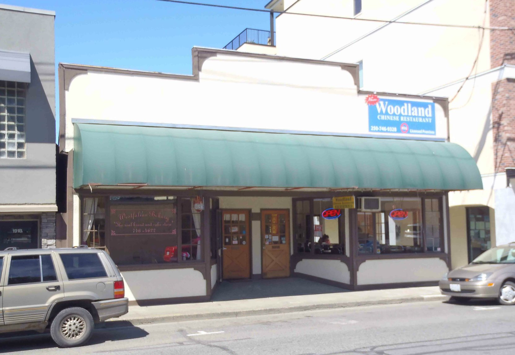 187 Craig Street was purchased by Walter Maxwell Hudson and re-fitted to its original use as a bowling alley.