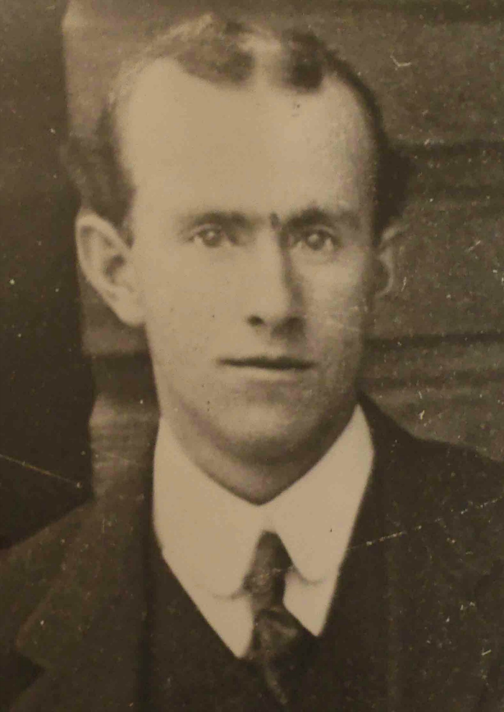 Matthias Kirkwood MacMillan ( -1953), Worshipful Master of Temple Lodge, No.33 in 1916