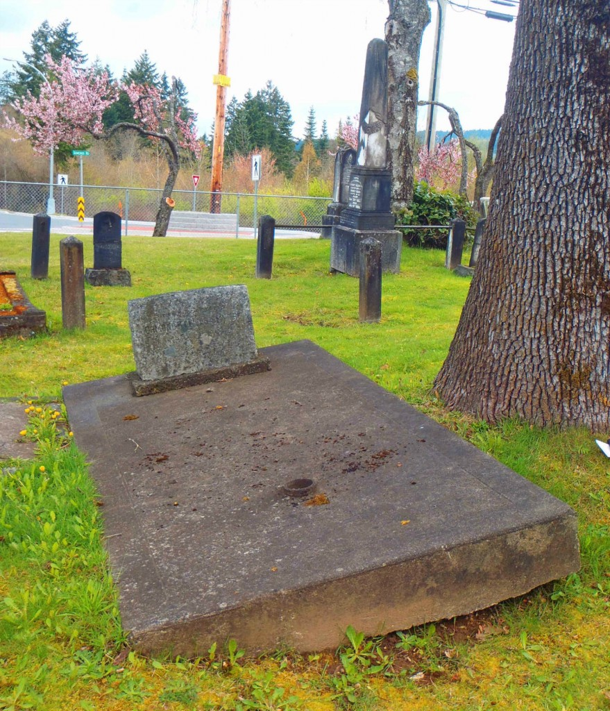 Ormond Towers Smythe grave, Mountain View Cemetery, North Cowichan, B.C.
