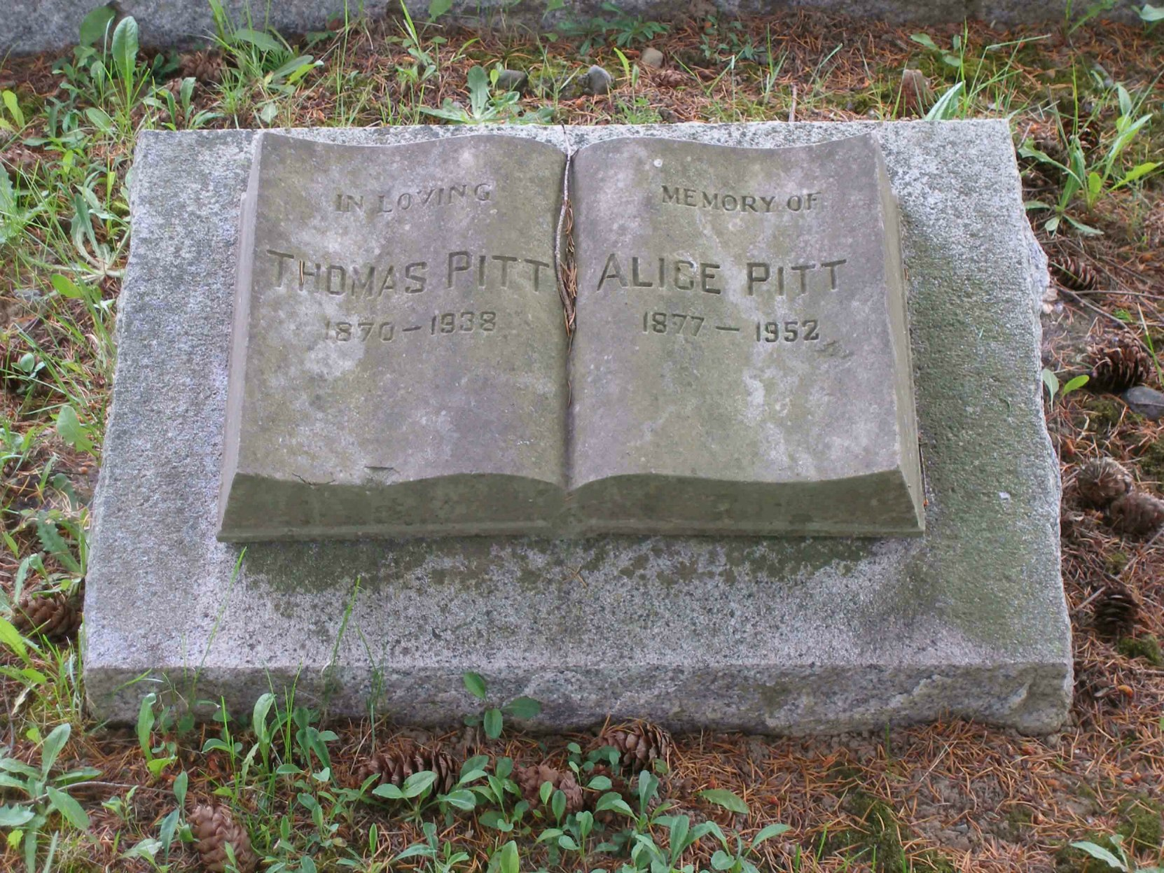 Thomas and Alice Pitt grave marker, Mountain View Cemetery, North Cowichan
