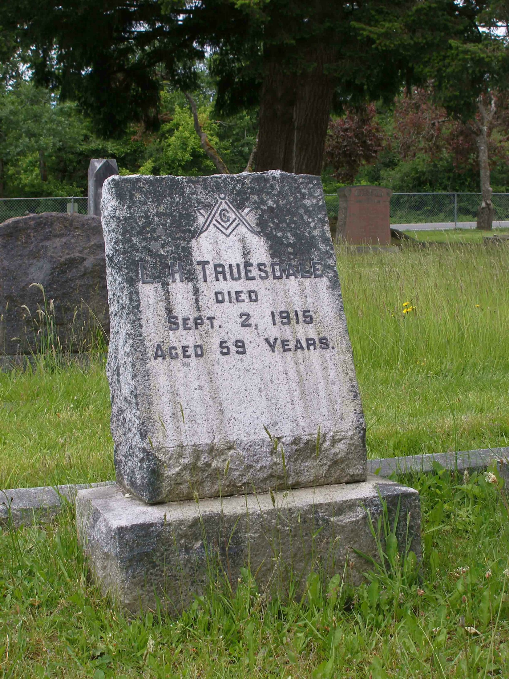 Lewis Truesdale grave, Mountain View Cemetery, North Cowichan