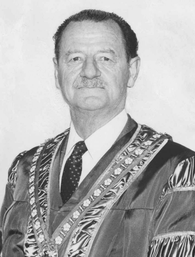 Douglas William Barker as Mayor of Duncan (photo by John Sargeant)