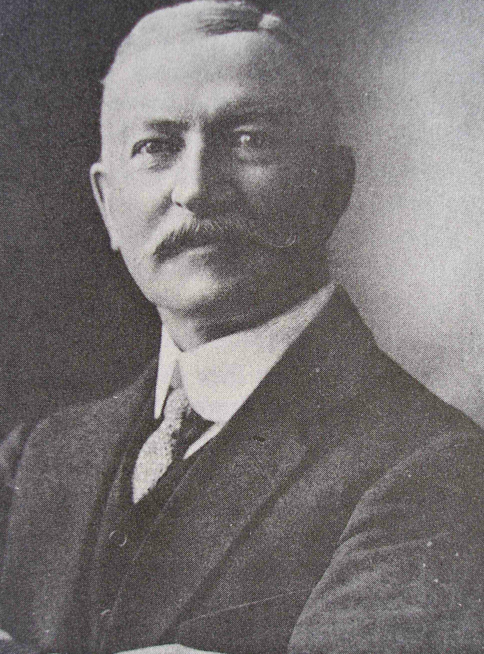 Dr. Israel Wood Powell, circa 1910