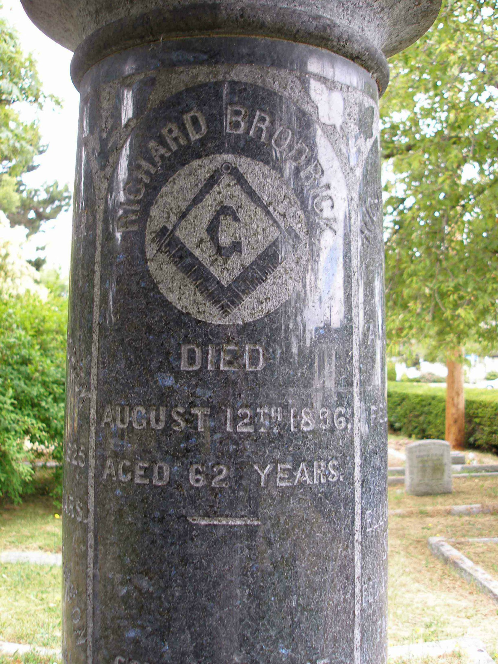 Inscription on Richard Broderick tombstone, Ross Bay Cemetery, Victoria, B.C.