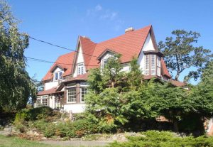 Duvals Cottage, 1462 Rockland Avenue, Victoria, B.C. Duvals was the family home of Francis J. Barnard