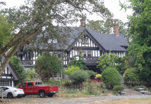 1770 Rockland Avenue, Victoria, B.C. was designed and built in 1905 by architect Samuel Maclure for Biggerstaff Wilson, a member of Victoria-Columbia Lodge No.1