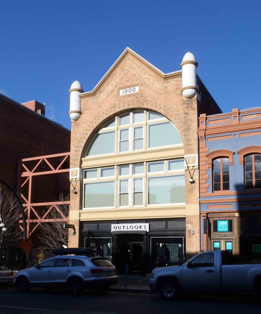 The Earle Building, 534 Yates Street, Victoria, B.C. Designed and built in 1900 by architect Thomas Hooper as a warehouse and office for Thomas Earle.