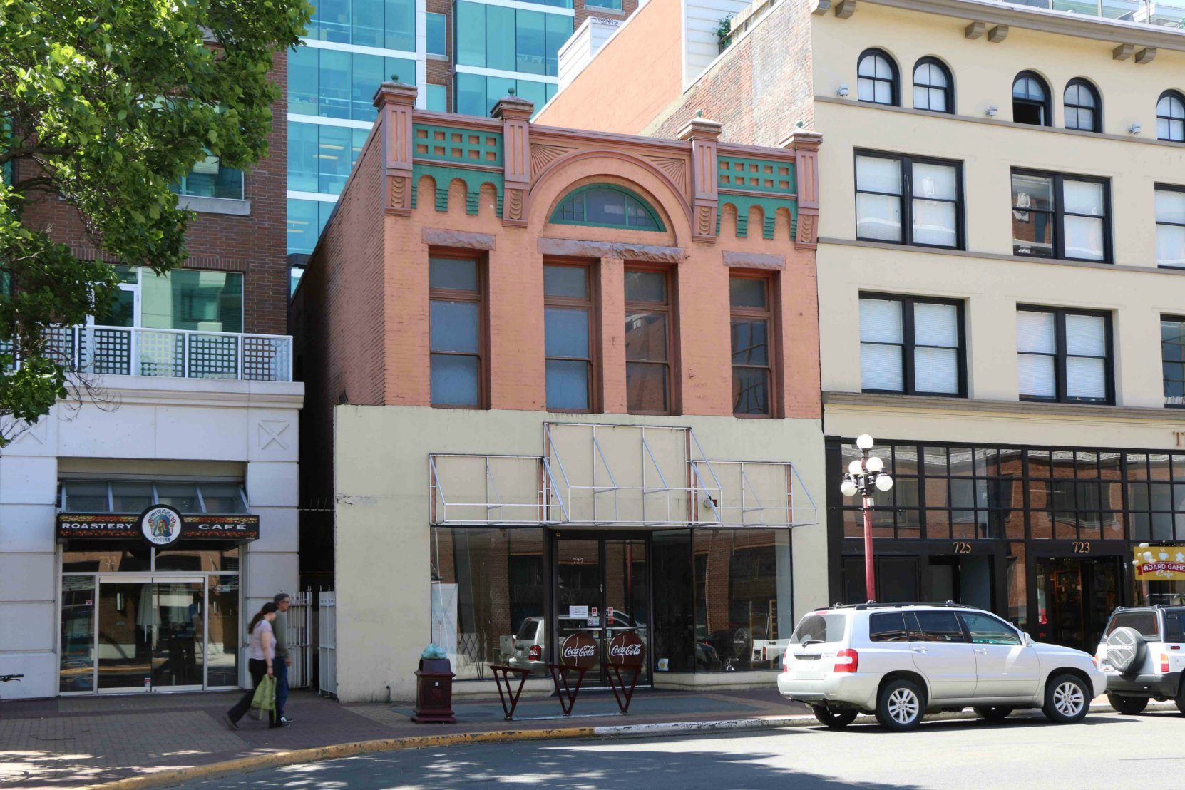 727-729 Yates Street was designed and built in 1897 by architect John Teague for real estate investor Dr. F.W. Hall.