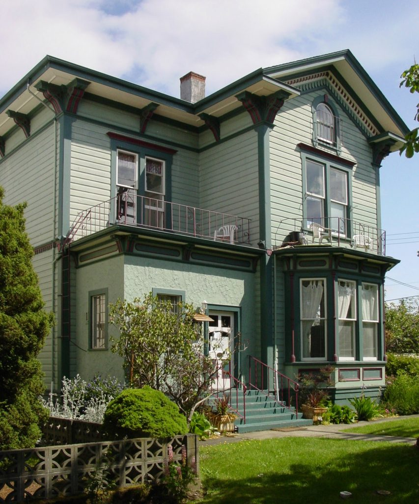 Charles Hayward's house, built in 1885, is still standing at 1003 Vancouver Street in downtown Victoria (photo by Temple Lodge No. 33 Historian)