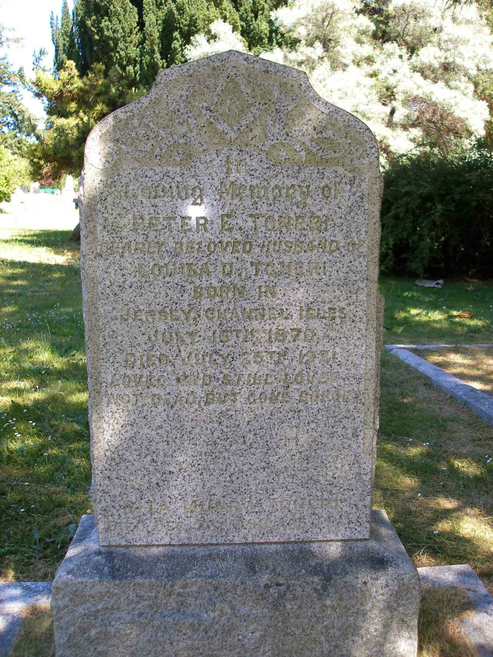 Peter Edward Toneri grave inscription, Ross Bay Cemetery, Victoria, B.C. (photo by Temple Lodge No. 33 Historian)