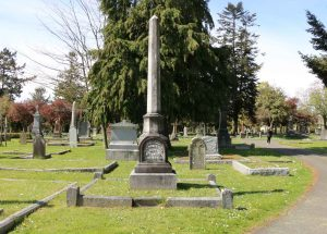 Alexander Rocke Robertson grave, Ross Bay Cemetery, Victoria, B.C. (photo by Temple Lodge No. 33 Historian)