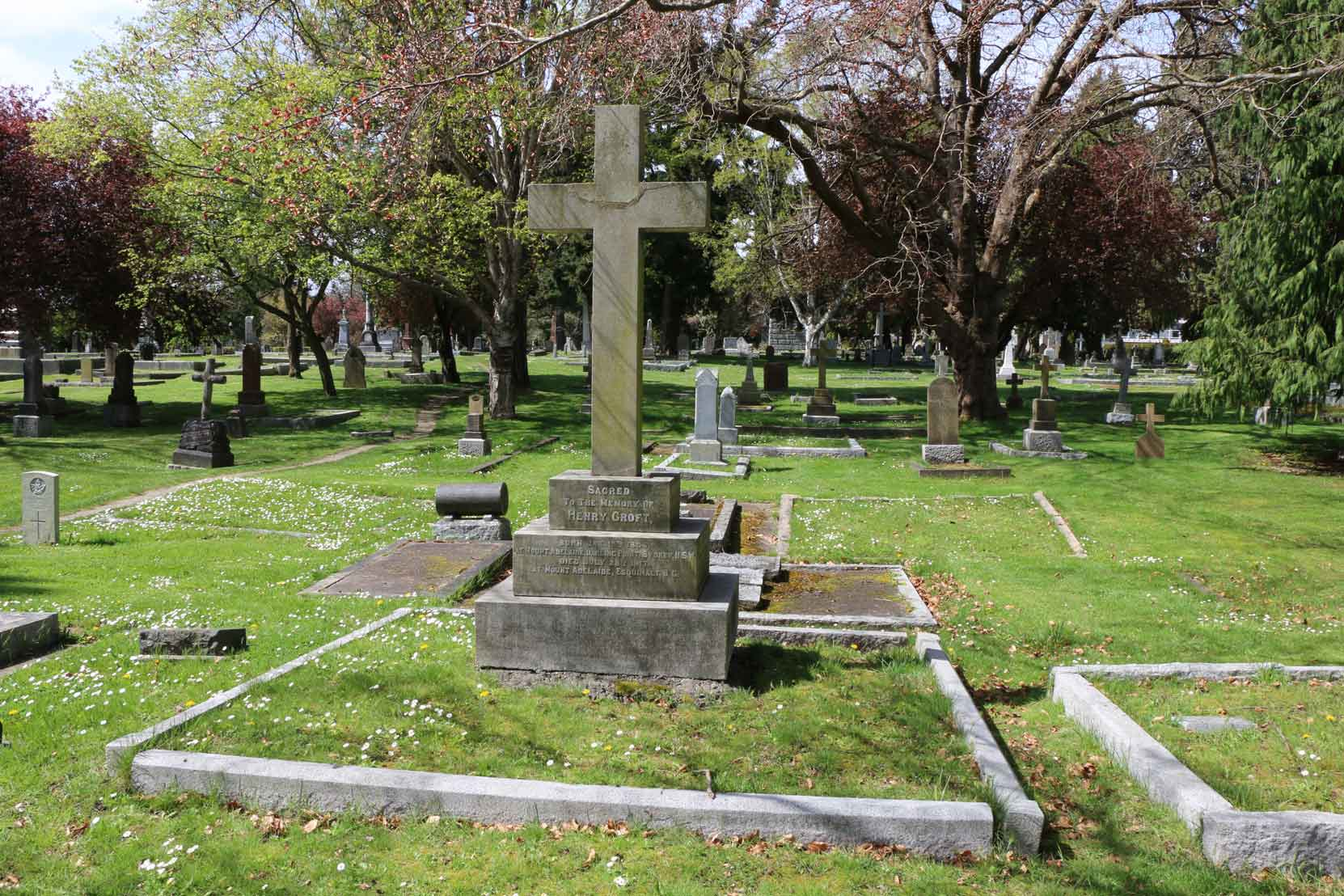 Henry Croft grave, Ross Bay Cemetery, Victoria, B.C. (photo by Temple Lodge No. 33 Historian)