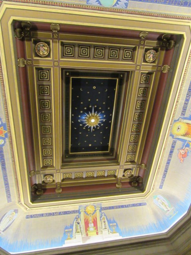 Ceiling in Grand Meeting Room, Freemasons Hall, London, UK, July 2018 (photo by Paul Philcox)