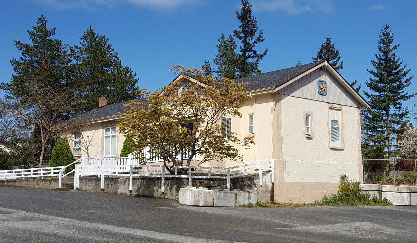 Morpeth Masonic Hall, 620 Morpeth Avenue, Nanaimo, BC (photo: Temple Lodge No. 33 Historian)
