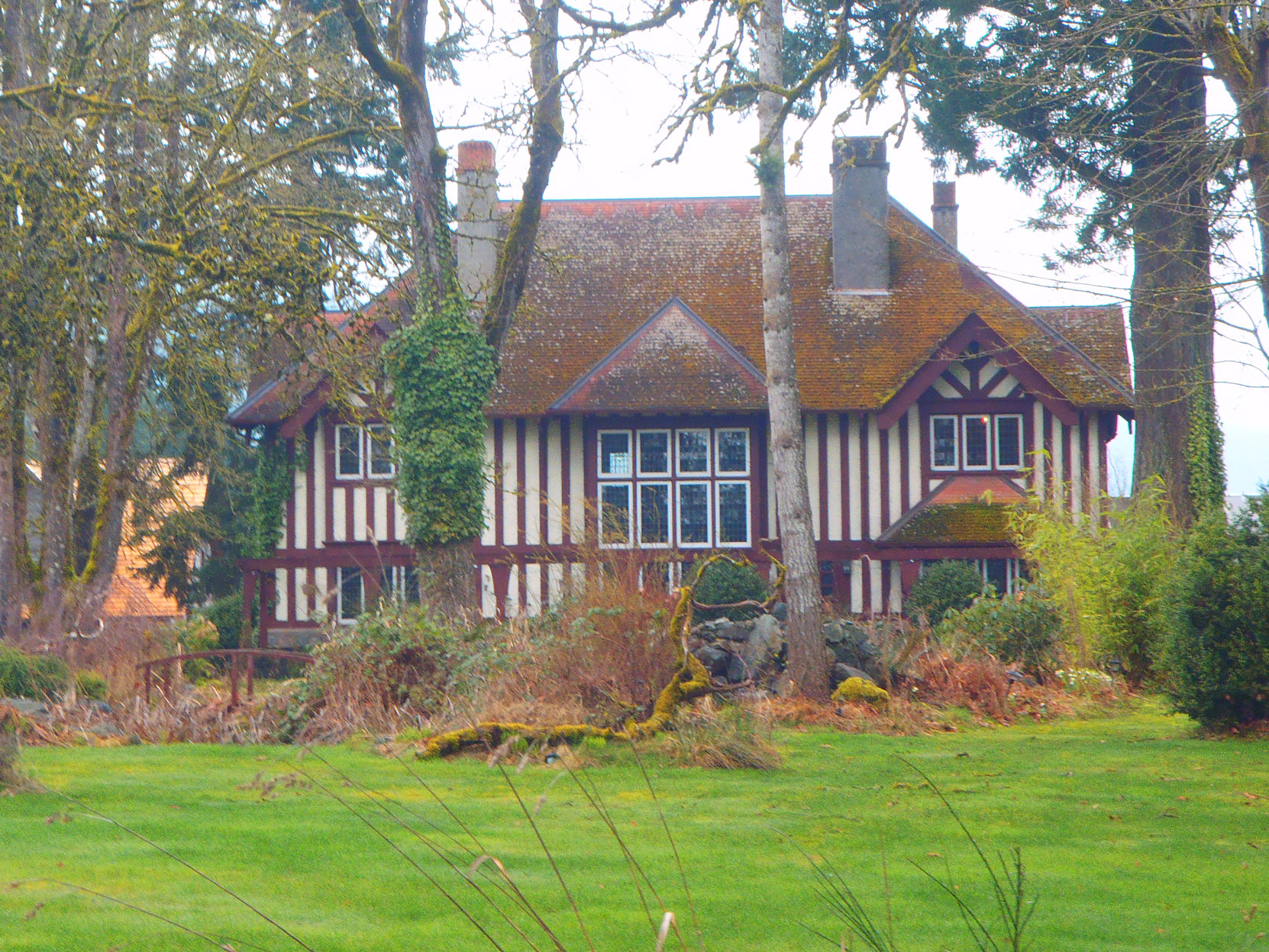 The Grange, 3443 Drinkwater Raod, North Cowichan. Built in 1911 by architect Samuel Maclure for Sir Clive Phillips-Wolley (photo by Temple Lodge No. 33 Historian)